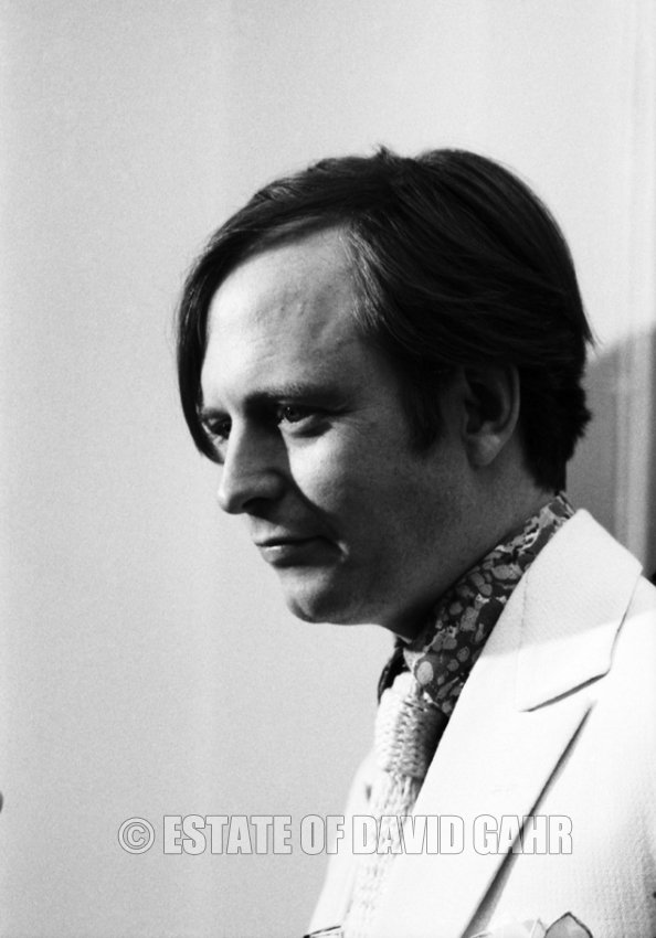 tom wolfe essay Tom wolfe, a pioneer of new journalism and author of 17 books, has died in new york at the age of 88 wolfe was known for his wildly evocative.